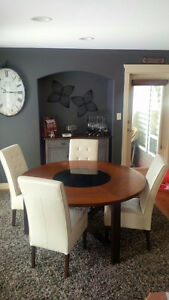 Unique Round Wood Table (lazy Susan) and 4  Leather Chairs