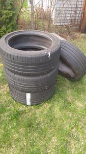 4 pneus d'été 225/45R17