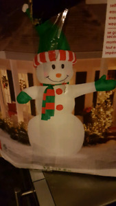 Christmas large 12 foot tall blow up snowman!