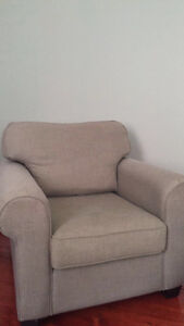 Reversible Comfy couch&love seat, oversized chair. London Ontario image 3