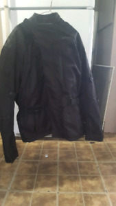 Like new mens 3xl motorcycle jacket worn 4 times