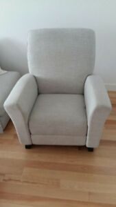 Fauteuil bercant dutailier excellente condition