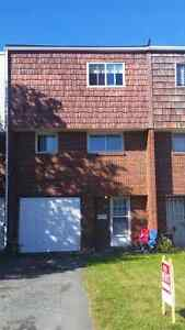 3 bdrm Townhouse 42 Doyle St. West End