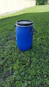 30L Open Top Storage Drum with Sealable Cover.