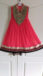 Pakistani dress for girl new never used