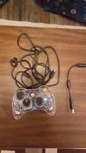 PC/laptop and Xbox 360 controller in the excellent condition