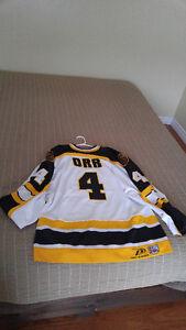 Bobby Orr_Boston Bruins jersey
