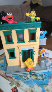 Sesame Street Playhouse & Music Player