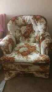 Recliner arm chair fisher price