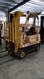 4000lbs hyster fork lift