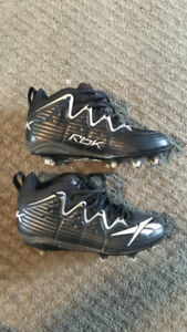Rbk football cleats