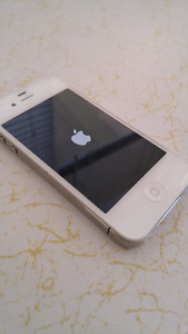 Mint Condition iPhone 4s 16GB ROGERS