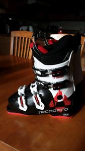 Botte de ski junior Techno Pro  4 clips grandeur 4.5 us
