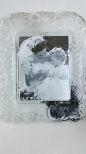 """Mikasa Crystal Picture Frame 7"""" x 9"""""""