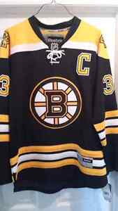 Authentic Autographed Zdeno Chara Jersey