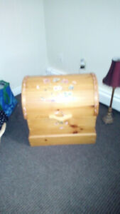 Solid Pine wooden chest like new!