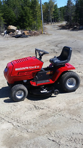 Ride on lawn mower ready to go runs and cuts great