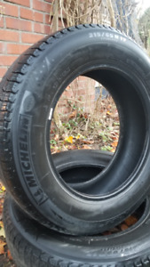 Set of winter tires Michelin X-Ice Xi3 used one season only