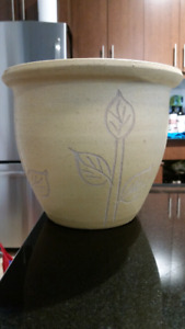 """Clay Flower Pot in Yellow (8.5"""" x 7.25"""")"""