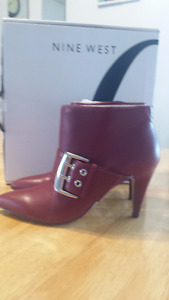 Nine West Woman's Red Leather Booties size 6.5 BNIB
