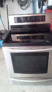 Samsung Induction Stove ( needs repair ) Cambridge Kitchener Area image 1
