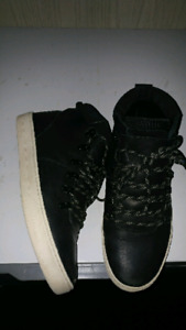 Boys or Mens size 8