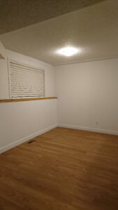 Banff 2 bedroom apartment for rent available October 1st.