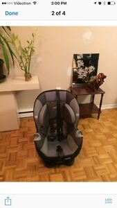 Evenflo 5 point harness car seat West Island Greater Montréal image 1