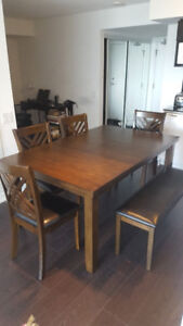 6 -piece Hardwood Dining Set - PERFECT Condition