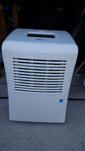 Dehumidifier - Royal Sovereign RDH-170