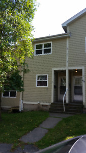 3 Bedroom 2 Storey Townhouse Metcalf St