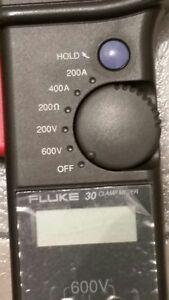 Fluke 30 AC clamp meter Kitchener / Waterloo Kitchener Area image 3
