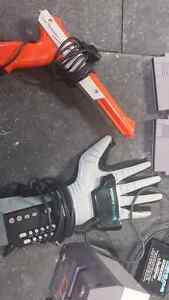Nitendo NES POWER GLOVE AND POWER GLOVER GAME