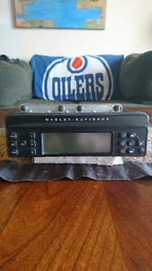 Harley Davidson Radio Single Disk CD Radio (type BE-7680)