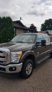 LOOKS GREAT , MAINTAINED - 2015 FORD F-350 Super Duty XLT