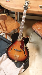 Vintage Sultan guitar with amp