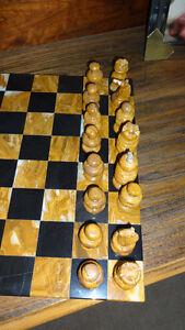 Large Onyx Chess Set London Ontario image 3
