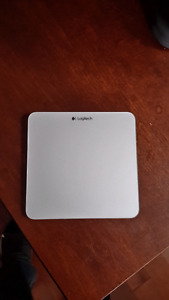 Logitech Track Pad Mouse T651 mac or pc