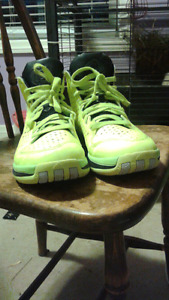Yellow running/ basketball shoes