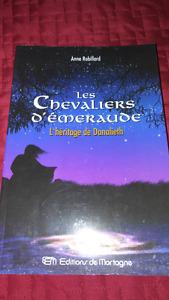 Les chevaliers d'émeraude - grand format - sc fiction 12$/livre