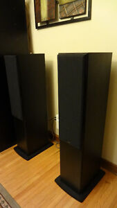 KEF C7 Floorstanding Towers in HGB / Black Current List $900.+