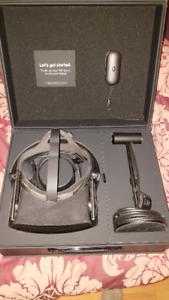 Oculus Rift.  Complete package, desk mount included