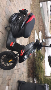 Scooter Aprilia SR 2015