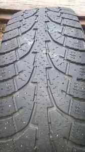 Snow tires 16
