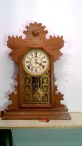Horloge antique clock RESTORED  Ingraham Lilac clock