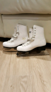 Patins skates gr. 3 - filles/ girls
