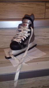 New boy ice skates