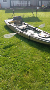 The catch 120 kayak with paddle