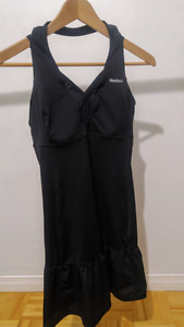 Vêtement/robe sport tennis reebok femme medium (fait grand)