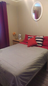 Roomate wanted! Perfect for students. Avail Aug.1st